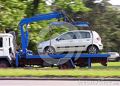 Parking samochodowy srebro naruszenia