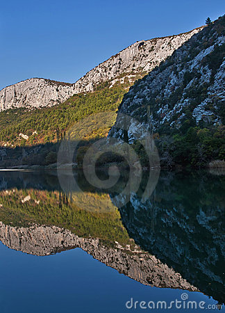 Parque de naturaleza Cetina 1