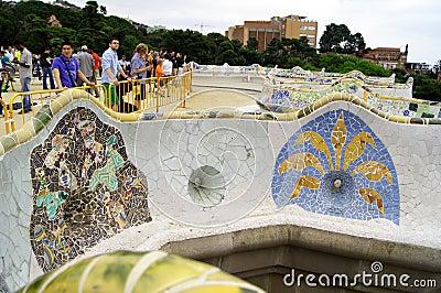 Parque Guell en Barcelona, España Foto de archivo editorial