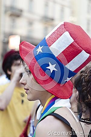 Participantes no orgulho alegre 2012 da Bolonha Imagem Editorial
