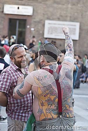 Participants à la fierté homosexuelle 2012 de Bologna Image éditorial