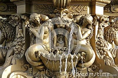 Particolare della fontana vicino al castello di Edinburgh