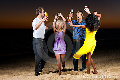 Party with champagne reception at the beach