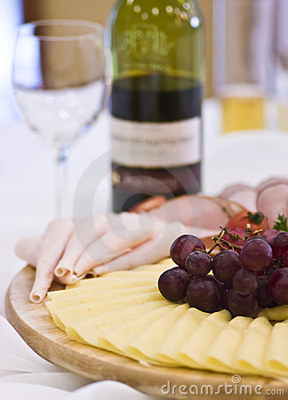 Party snacks with red wine
