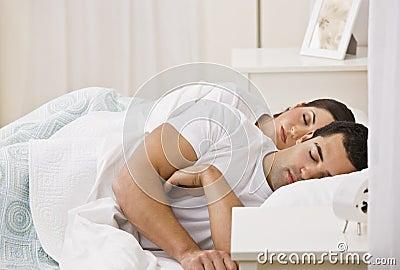 Pary łóżkowy dosypianie
