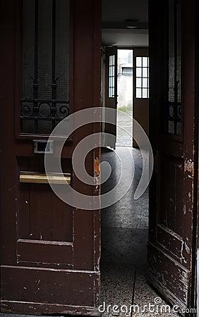 Pass-through Hallway