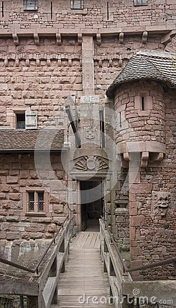 Free Passage In The Haut-Koenigsbourg Castle Stock Photography - 35289082