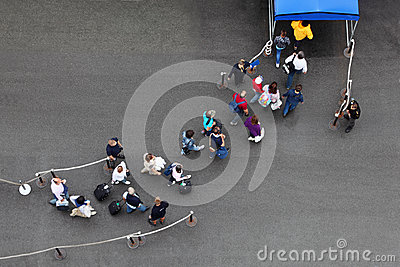 Passengers goes on track for landing on liner Editorial Stock Image