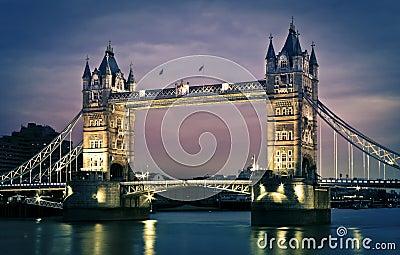 Passerelle de tour, Londres