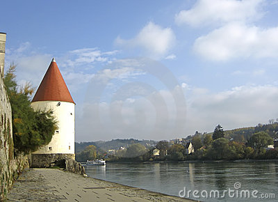 Passua - Tower and Ferry