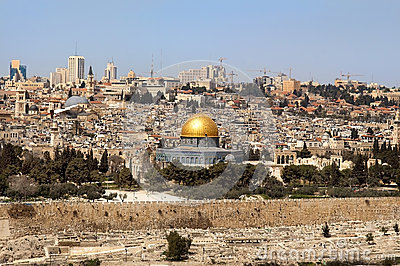 Past and future  of the eternal Jerusalem