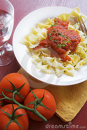 Free Pasta Dinner Royalty Free Stock Image - 3010736