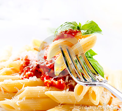 Free Pasta Penne With Bolognese Sauce Royalty Free Stock Image - 29854666