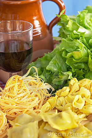 Pasta, vegetables, egg, wine
