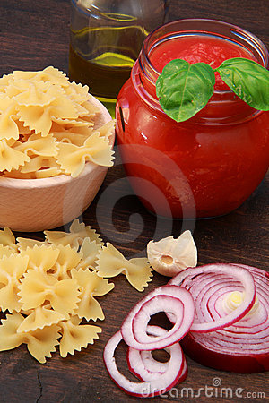 Free Pasta With Tomatoes Stock Photography - 14657772