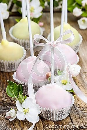 Pastel cake pops in romantic spring set