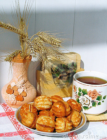 Free Pastry With Tea Stock Photography - 149932