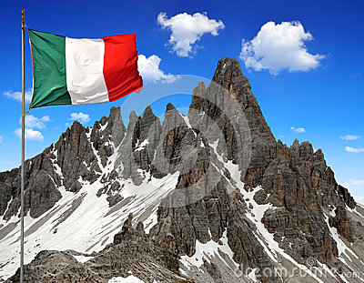 Paternkofel with Italy flag