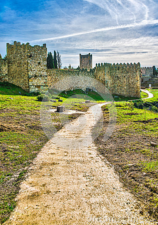 Free Path To Castle Stock Photography - 48129952