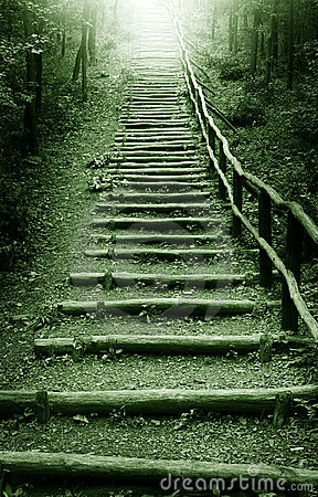 Free Path To The Heaven Royalty Free Stock Photo - 7184085