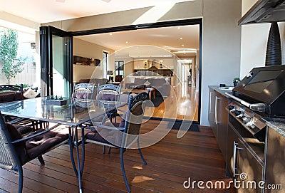 Patio und Wohnzimmer