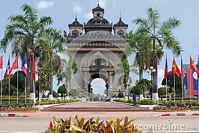 Patouxai in Vientiane