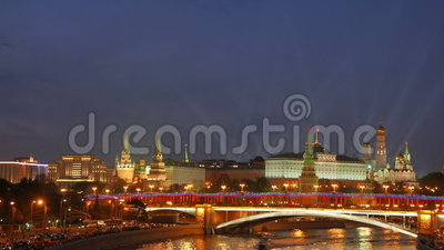 从Patriarshiy桥梁的看法 在克里姆林宫的聚光灯 股票录像