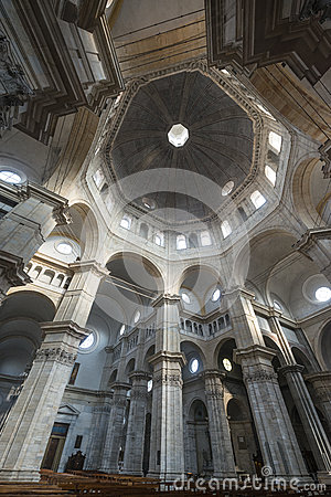 Pavia, cathedral interior