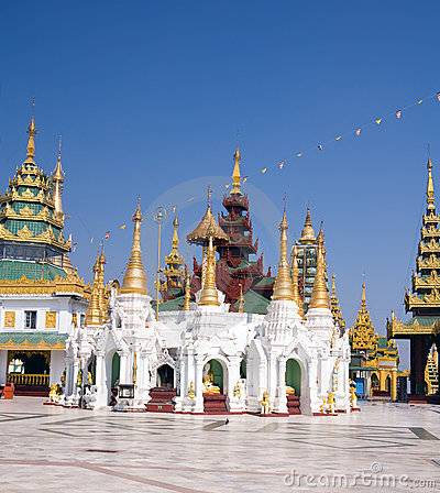 Pavilions of Shwedagon complex