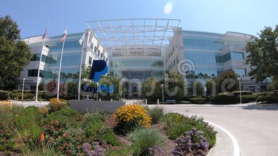 Paypal-vlaggen San Jose California stock video