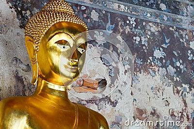 Peace gold buddha