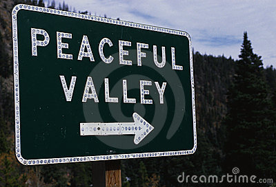 Peaceful Valley directional road sign