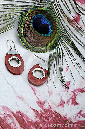 Peacock plume and earrings