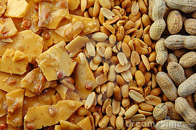 Peanut Brittle with Peanuts