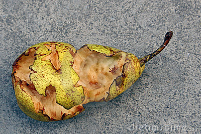 Pear half eaten