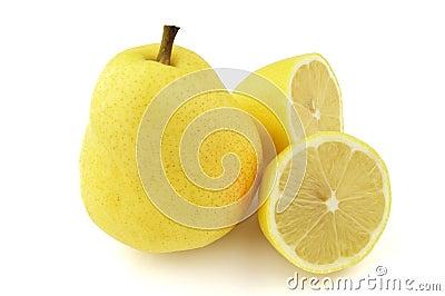 Pear with lemon