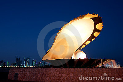 Pearl and oyster fountain in corniche - Doha Qatar