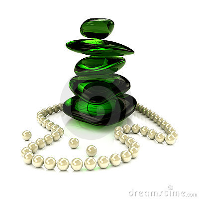 Pearl s necklace with green glass