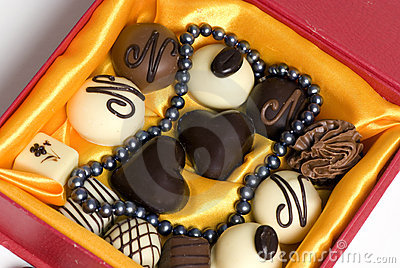 Pearls and Chocolate 2