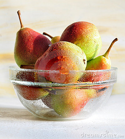Free Pears Royalty Free Stock Photography - 15545757