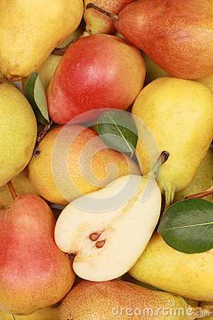 Free Pears Royalty Free Stock Photo - 26342015