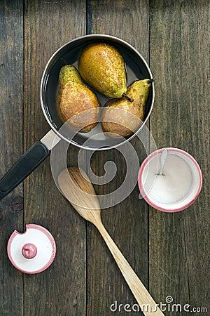 Pears cake
