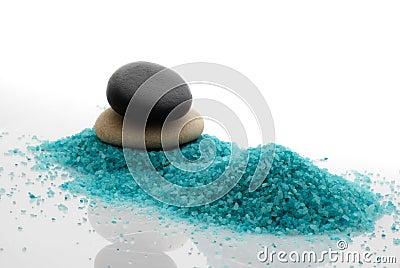 Pebble and bath salt