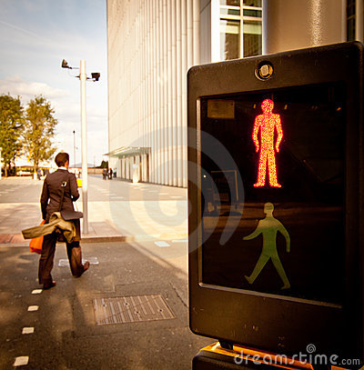 Pedestrian crossing: red light