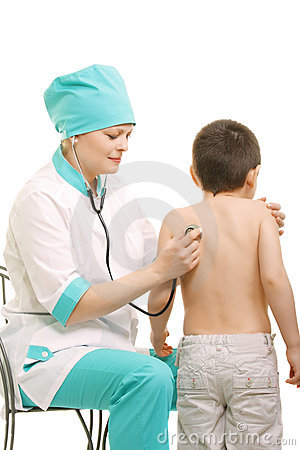 Pediatrician make diagnostics