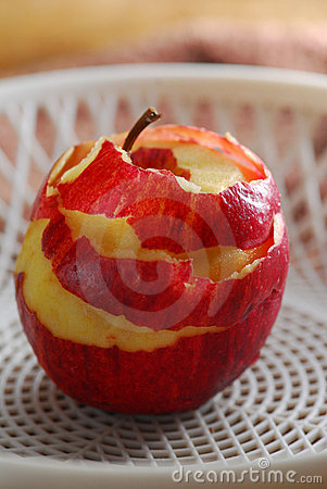 Peel skin apple