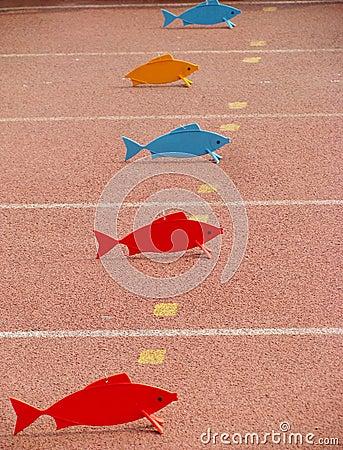 Peixes plásticos