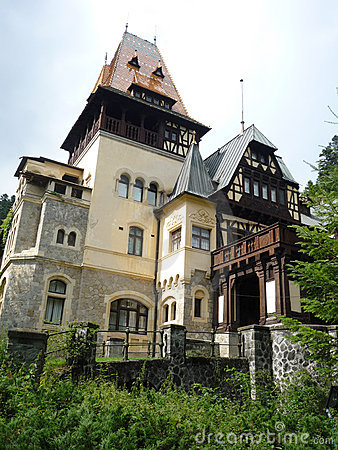Peles side view of the castle