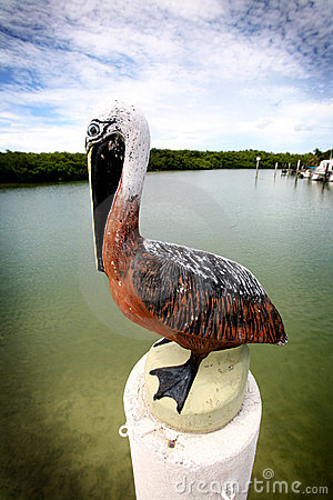 Free Pelican Statue Royalty Free Stock Image - 5474416