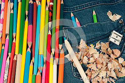 Penci in jeans pocketl- color image